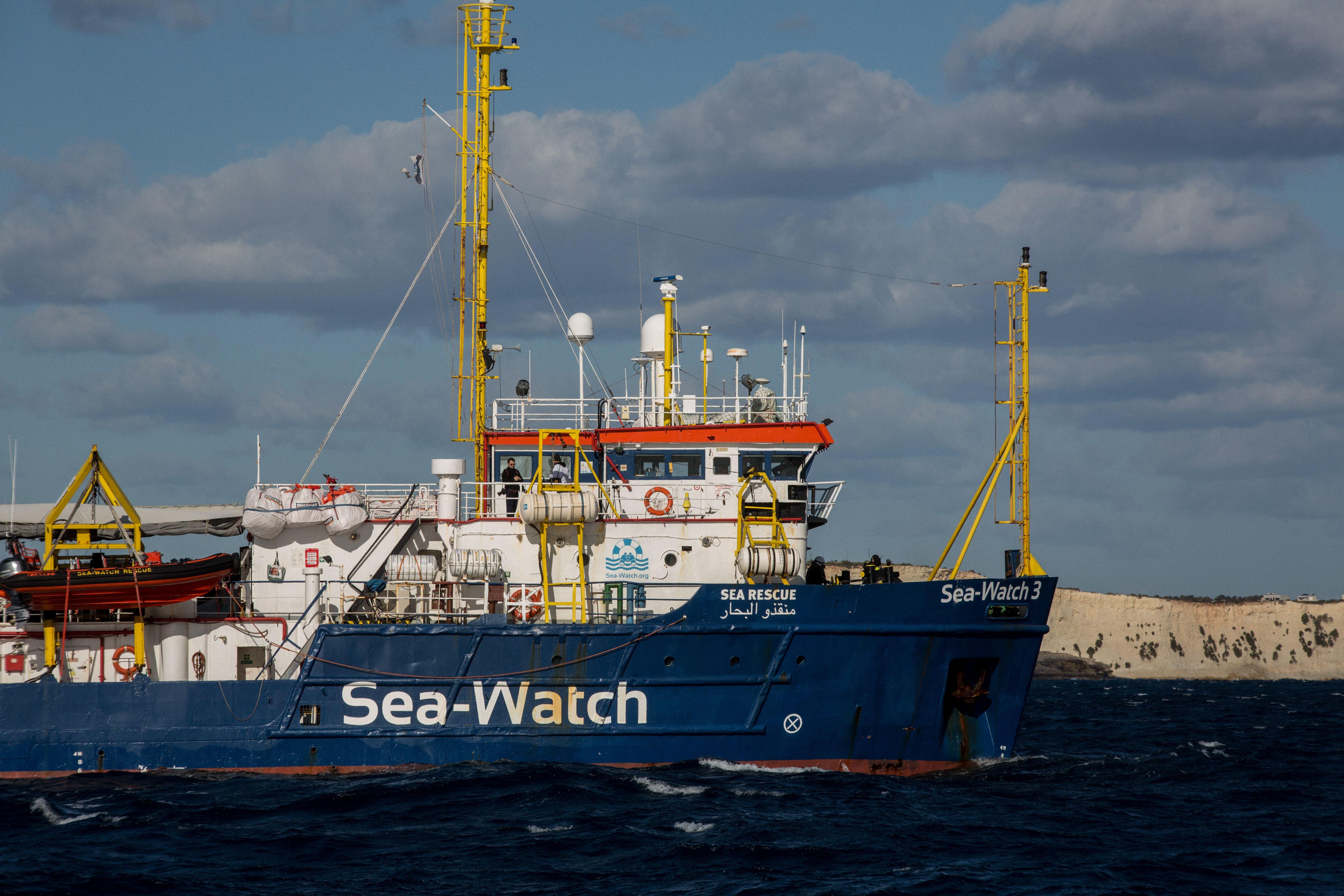 """""""Sea-Watch 3"""" mit über 250 Migranten an Bord darf Sizilien anlaufen"""