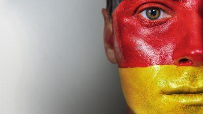 """""""Deutsche Lust am Untergang"""": Arbeitsplätze gehen, Fachkräfte bleiben fern, Öko-Vorgaben steigen"""