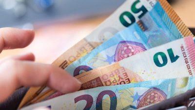 """Beratung im Bundestag über Bargeld: """"Per Gesetzentwurf Bargeldnutzung garantieren"""""""