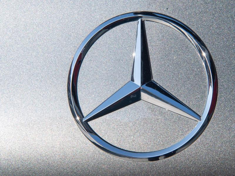"""Daimler-Betriebsratschef fordert Sperrminorität nach Aufspaltung um """"zusätzlichen Schutz zu garantieren"""""""
