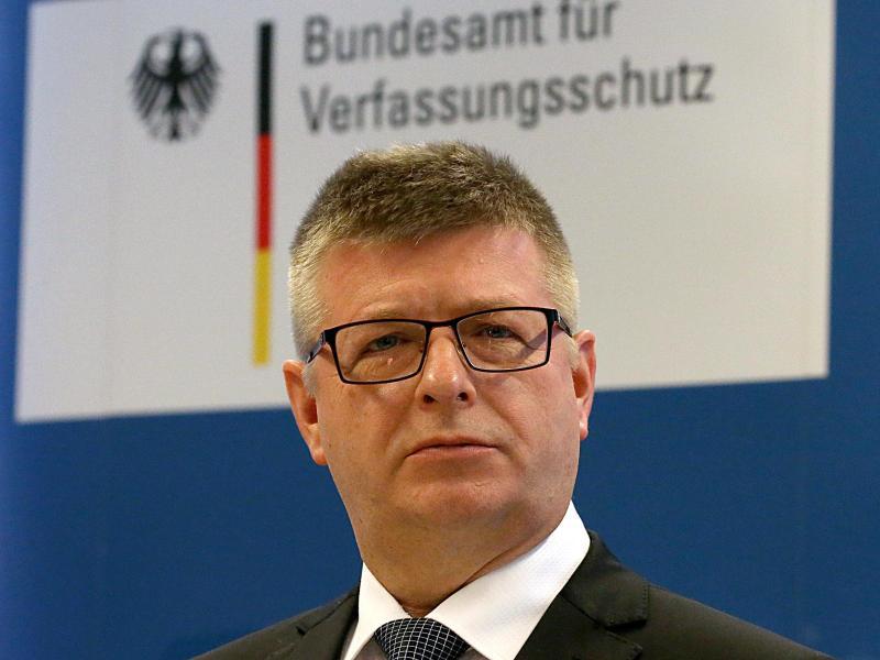 """Verfassungsschutz: Haldenwang will nach """"Lageverschärfung im Rechtsextremismus"""" den Bundestrojaner"""