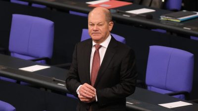 Mit großer Mehrheit: Bundestag verabschiedet zweiten Nachtragshaushalt