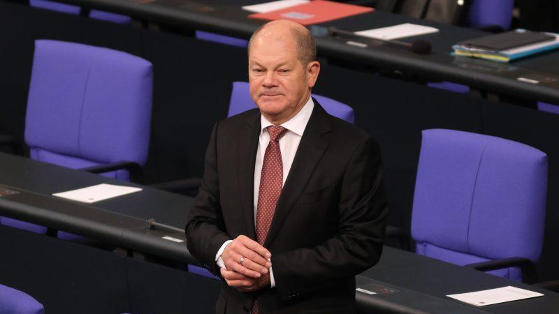 Scholz plant für 2022 noch mehr Schulden als bisher vorgesehen