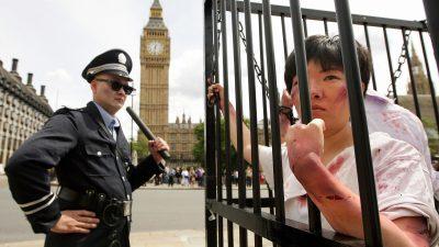 Grenzenlose Grausamkeit: In Chinas Gefängnissen werden über 100 Foltermethoden angewandt