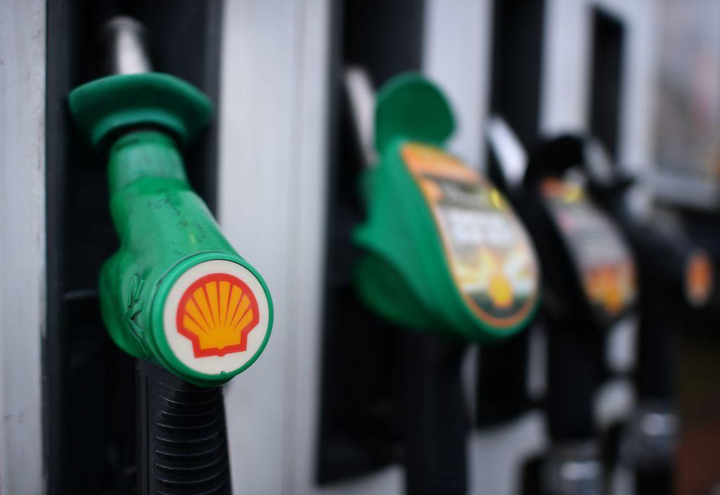 Ölkonzerne Shell und Total kehren mit Anstieg der Ölpreise in die Gewinnzone zurück