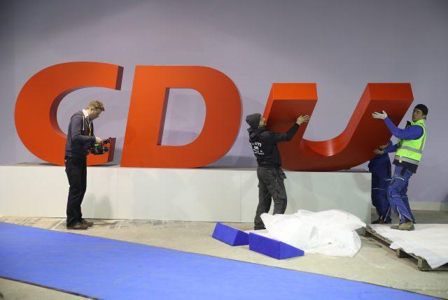 CDU im Osten zwischen den Stühlen Wie lässt sich im Herbst der Absturz verhindern