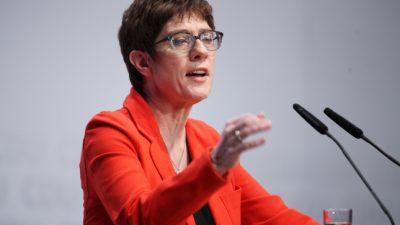 """AKK kündigt """"Werkstattgespräch"""" zur Industriepolitik an"""