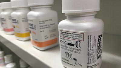 Opioid-Krise in den USA: Bundesstaaten klagen Pharma-Unternehmen der Familie Sackler an