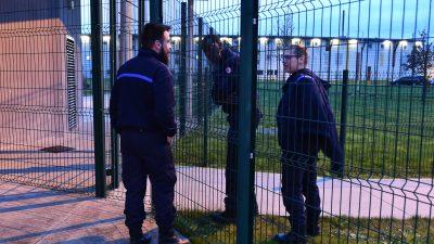 Französische Gefängniswärter streiken in 18 Haftanstalten