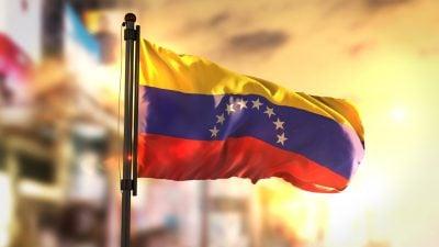 Venezuelas Sicherheitskräfte hindern Abgeordnete das Parlamentsgebäude zu betreten
