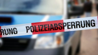 Hürth: Polizei entdeckt Frauenleiche (70) – Mordkommission gebildet