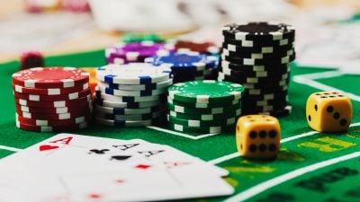 """Drogenbeauftragte kritisiert """"Wildwest"""" beim Glücksspiel in Deutschland"""