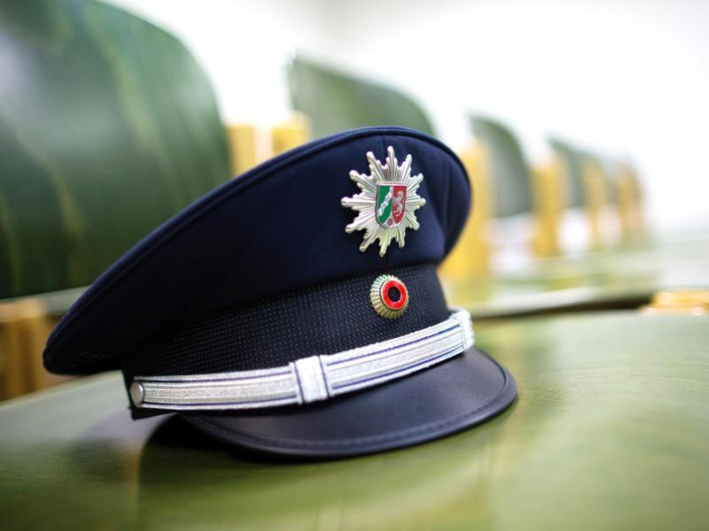 """Erneuter Fall von Kinderpornografie bei NRW-Polizei – Reul spricht von """"Horrorfilm"""""""