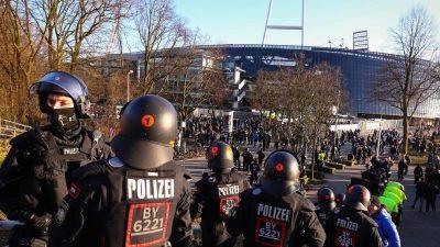 Keine Entscheidung im Polizeikostenstreit bei Fußballspielen