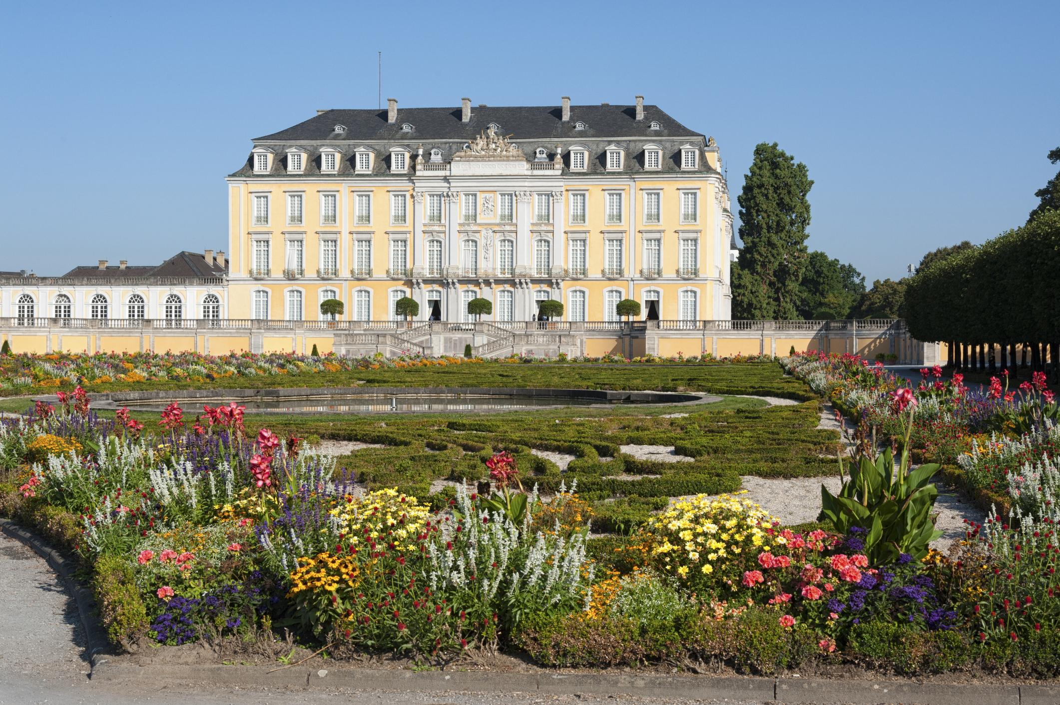 Das Augustusburger Schloss in Brühl: ein brillantes Beispiel des deutschen Rokoko