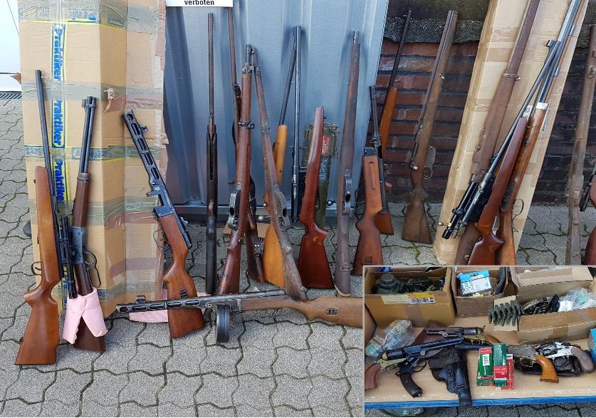 Illegaler Waffenhandel: Polizei-Razzia gegen rechte Szene und Reichsbürger