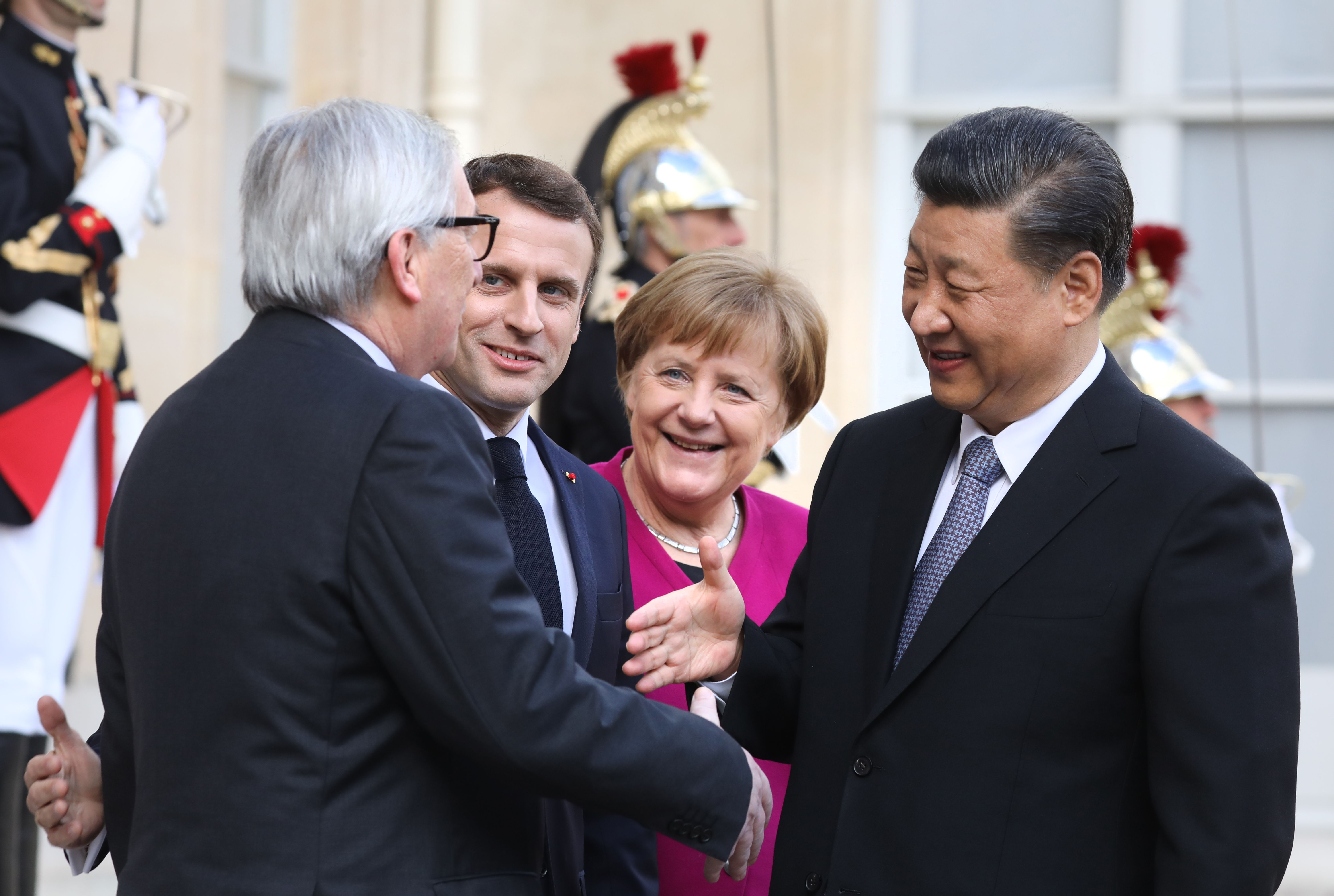 China unterwandert Europa mit der Salami-Taktik: Spalten und Erobern