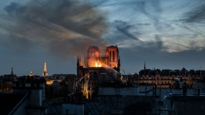 Das Geheimnis von Notre Dame – Von Manfred von Pentz