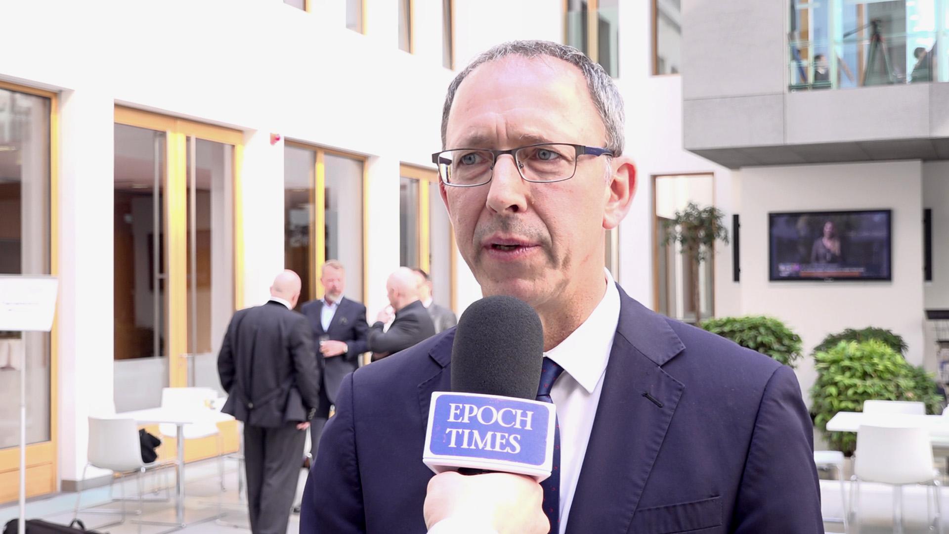 Gegen parteipolitische Vetternwirtschaft: Sächsische AfD-Fraktion reicht Gesetzentwurf ein