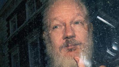 """Anklageschrift gegen Assange veröffentlicht – Carlson: """"Nicht schmieriger als Mainstream-Journalisten"""""""