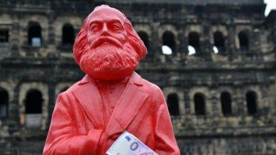 Zentralbanken als Handlanger des Sozialismus verantwortlich für Negativzinsen