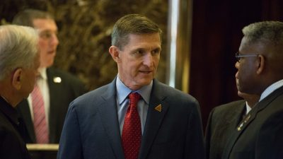 Klage: FBI Informant verbreitete angeblich Lügen, um Trumps Ex-Sicherheitsberater Flynn zu schaden
