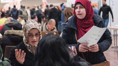 Erfahrungsbericht einer Flüchtlingshelferin: Man hätte 2015 schon gegensteuern müssen