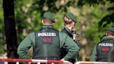 Tödlicher Streit in Hamburg: Familienvater (47) auf offener Straße erstochen – Sohn verletzt, Täter verletzt – Mordkommission ermittelt
