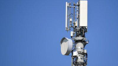 Funklöcher ade? Regierung will mit Kampagne Vorbehalte gegen Mobilfunkmasten ausräumen