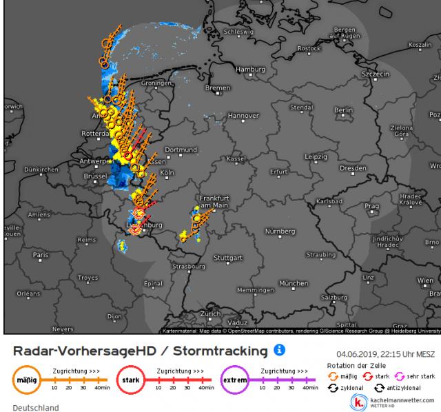 https://kachelmannwetter.com/de/stormtracking/deutschland/