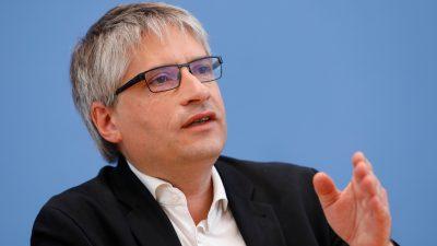 """Grünes Eigentor: Giegold beklagt Unions-Nein zum """"Klimanotstand"""" – fliegt aber selbst Kurzstrecke"""