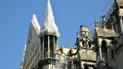 """Notre-Dame: Erste Messe nach Brand am Samstag – zwei Monate nach dem Brand """"quicklebendig"""""""