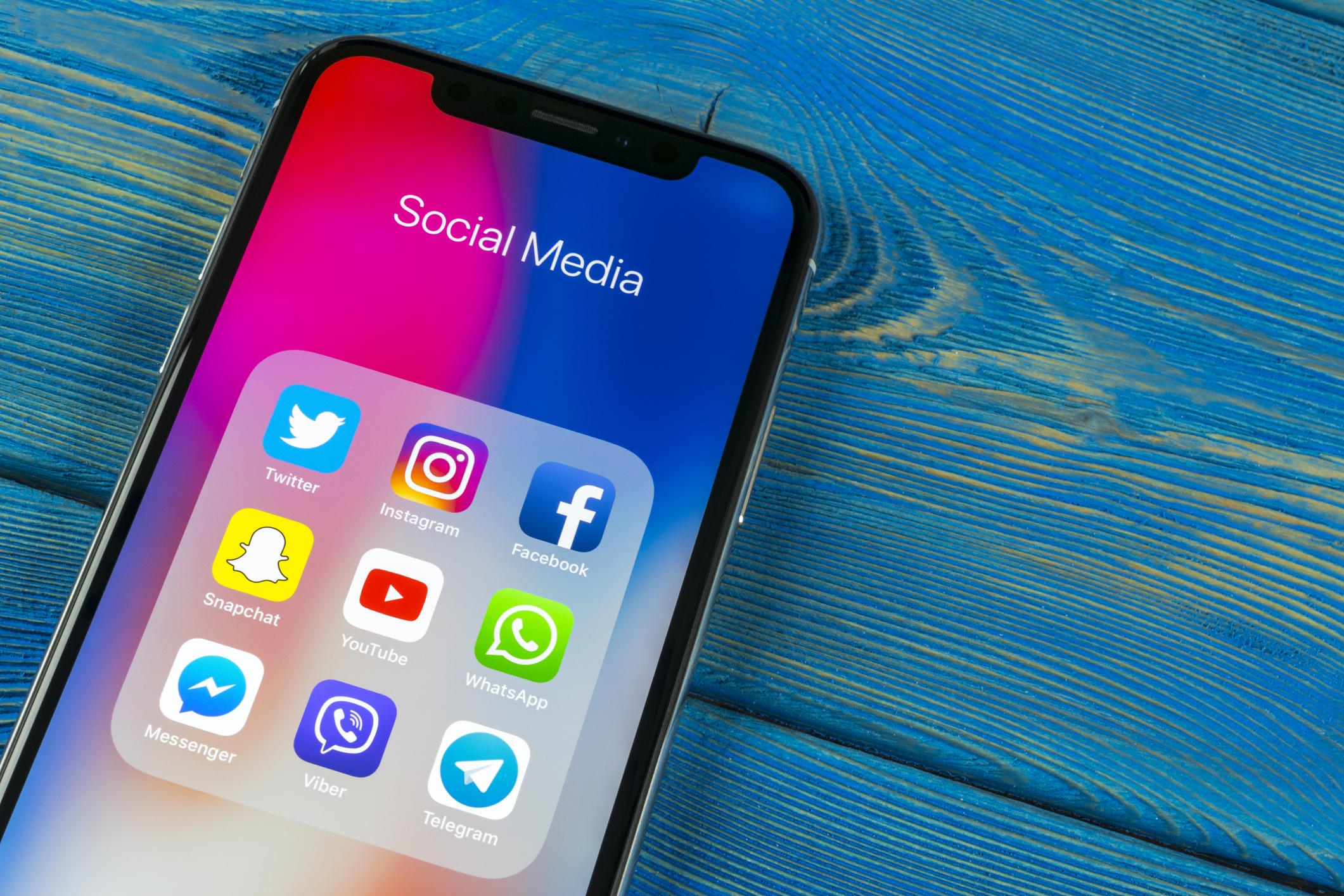 Werbung mit Corona-Bezug: Regierung und Länder gaben Millionen bei Facebook aus