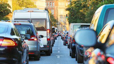 Berliner Senatorin will ÖVPN-Zwangsticket für Autofahrer einführen