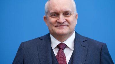 """Altmaiers """"Industriestrategie"""" von Wirtschaftsweisem massiv kritisiert"""