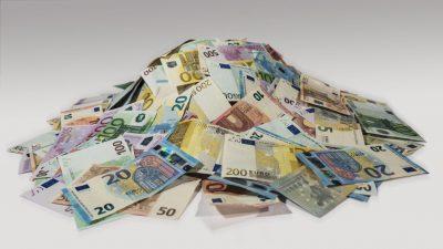 Norbert Häring: Der Internationale Währungsfonds (IWF) will dem Bargeld – trickreich – an den Kragen