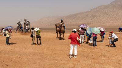 China: In Xinjiang boomt der Tourismus – Internierungszentren für Uiguren bekommen Besucher nicht zu Gesicht
