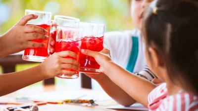 Klöckner will Zuckerzusatz für Kindertees und Fruchtsaftgetränke verbieten