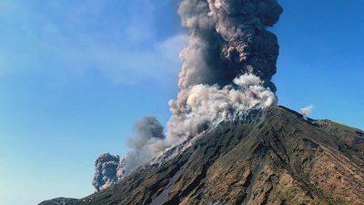 Vulkanausbrüche reduzieren globale Niederschläge – Unerwartete Nebenwirkungen von Geo-Engineering