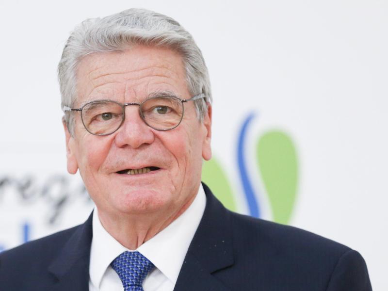 """Joachim Gauck nennt Impfgegner """"Bekloppte"""""""
