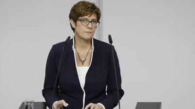 """Krampf mit Karrenbauer: """"Welt"""" sieht CDU-Chefin nach Serie von Patzern angeschlagen"""