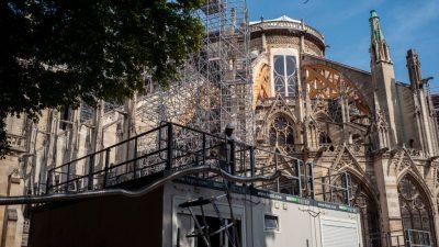 Kathedrale Notre-Dame ist immer noch vom Einsturz bedroht
