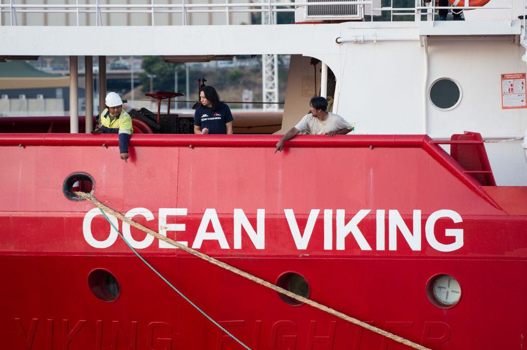 """Italien gibt Rettungsschiff """"Ocean Viking"""" nach fünf Monaten frei"""