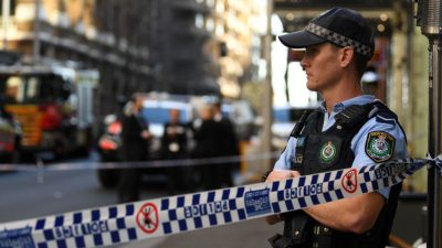 """Frauen-Mord in Sydney: Messer-Mann schrie """"Allahu Akbar"""" – Täter von Passanten gejagt und überwältigt"""