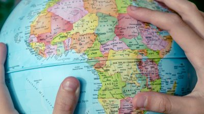 Umfrage: Jedes zweite deutsche Unternehmen will in Afrika investieren