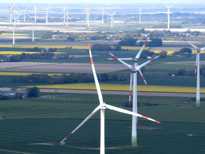 Gewerkschafts-Chef: Ohne Windkraftkonzept drohen Deindustrialisierung und soziale Verwerfungen