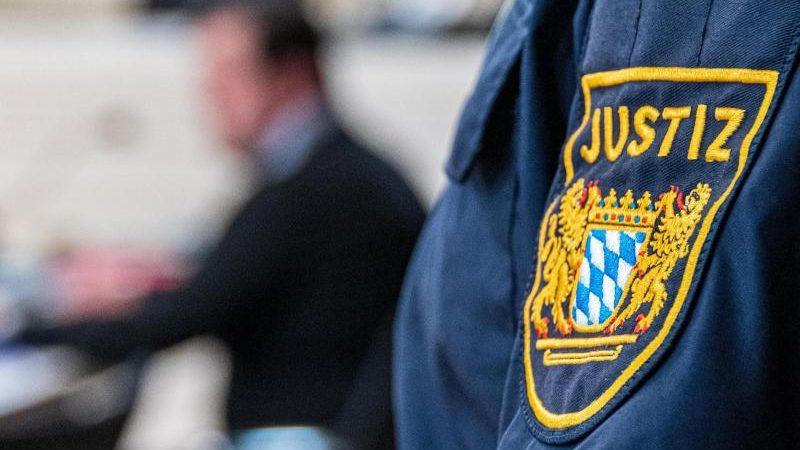 Viereinhalb Jahre Haft für tödliche Attacke auf Augsburger Feuerwehrmann