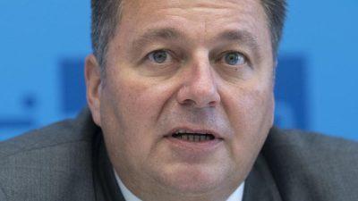 Innensenator Geisel: Baustadtrat Schmidt lässt sich vor den Karren der Linksextremisten spannen