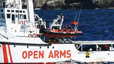 Wollen nach Palermo schwimmen: Erneut Migranten von Bord der Open Arms gesprungen