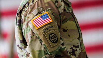 US-Soldat überrascht seine Mutter bei Weiterbildung – wird als Patient in ihr Klinikum eingeliefert